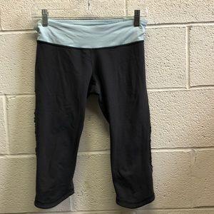 Lululemon black and blue crop legging, sz 8, 62534